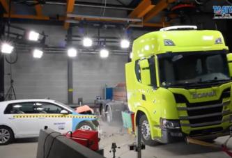 Elektrikli Scania çarpışma testinde - Crash testing an electric Scania truck